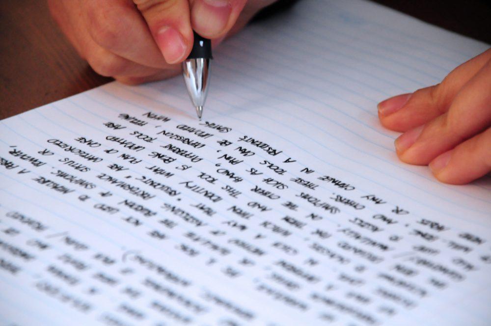 op papier schrijven